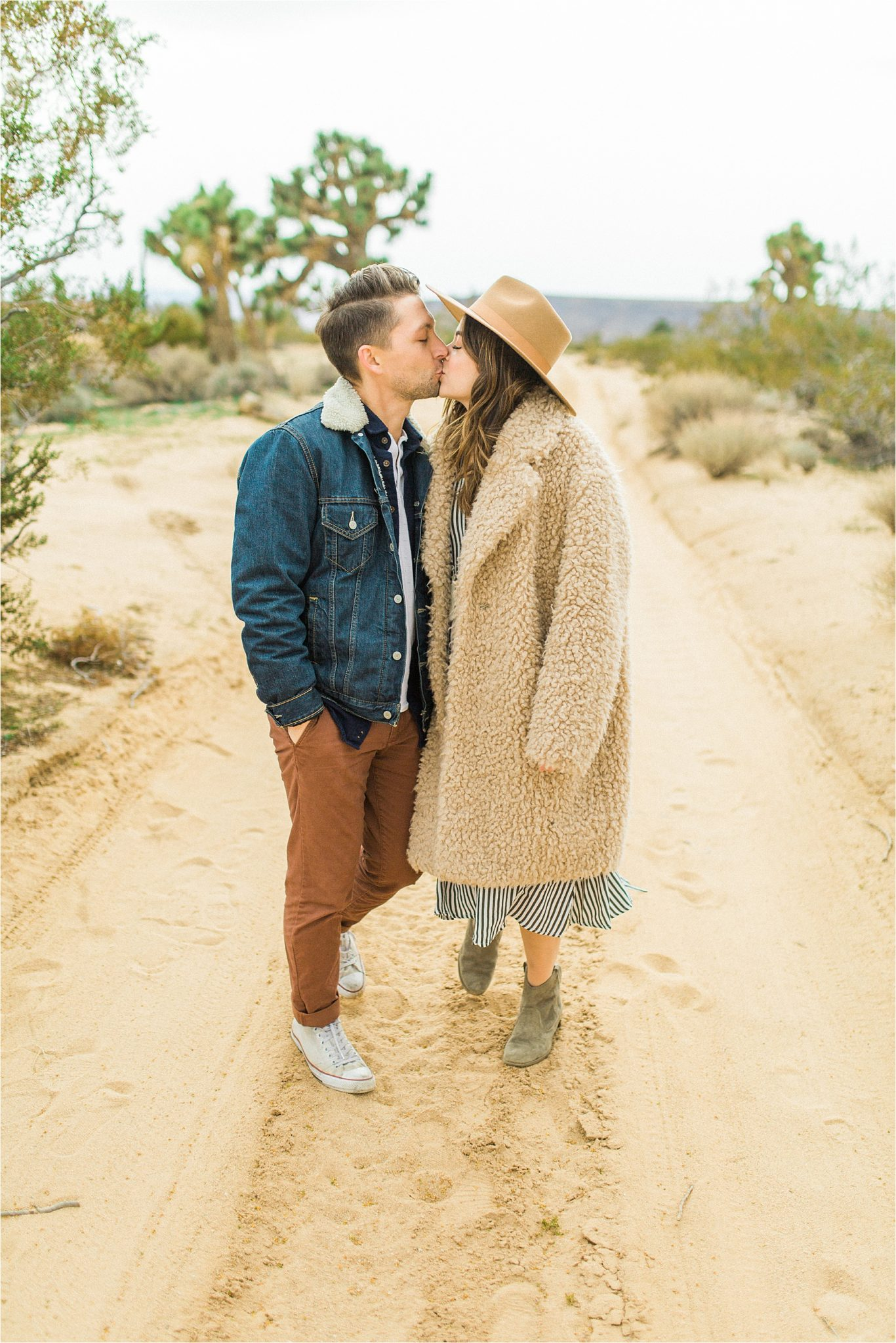 Yucca Valley Glamping Engagement Photos, Yucca Valley Engagement Photographer, Sarah Ellefson Photography, Yucca Valley Photoshoot, Yucca Valley Engagement Photos, Yucca Valley Wedding, California Desert Engagement Photos, Yucca Valley California Palm Springs